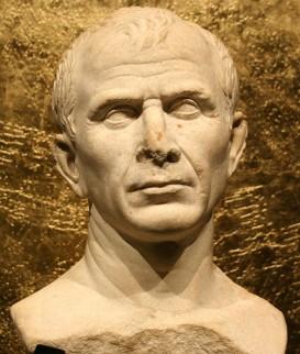Foto van buste van Julius Caesar, gevonden in 2007 in de Rhone.