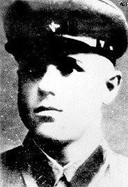 Demjanjuk aan het begin van zijn militaire dienst in het Sovjetleger
