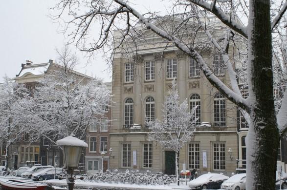 Felix Meritis in de sneeuw