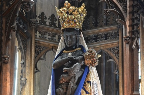 Mariabeeld Halle