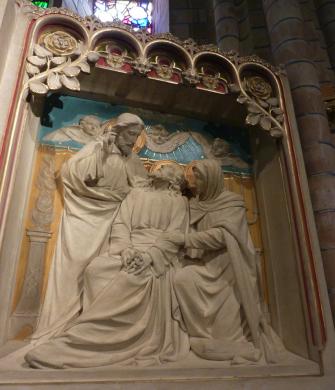 Het 'zalige' sterfbed van Jozef te midden van zijn gezin. Rechterpaneel op het altaar in de Jozefkapel, van de nieuwe Bavo te Haarlem, ontworpen door Joseph Cuypers en uitgevoerd door Johannes Maas (1896-circa 1898). Foto bvhh.nu 2016.