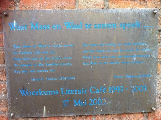 Waar Maas en Waal te zamen spoelt-Simon Vinkenoog