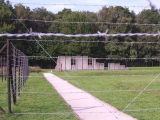 Replica strafbarak in Kamp Westerbork.
