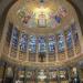 De kalotschildering van Jojanneke Post geïnspireerd door het ontwerp van Kees Dunselman in de Laurentius & Elisabeth Kathedraal te Rotterdam. Foto Davique.nl 2018.