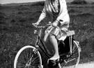 Juliana op de fiets